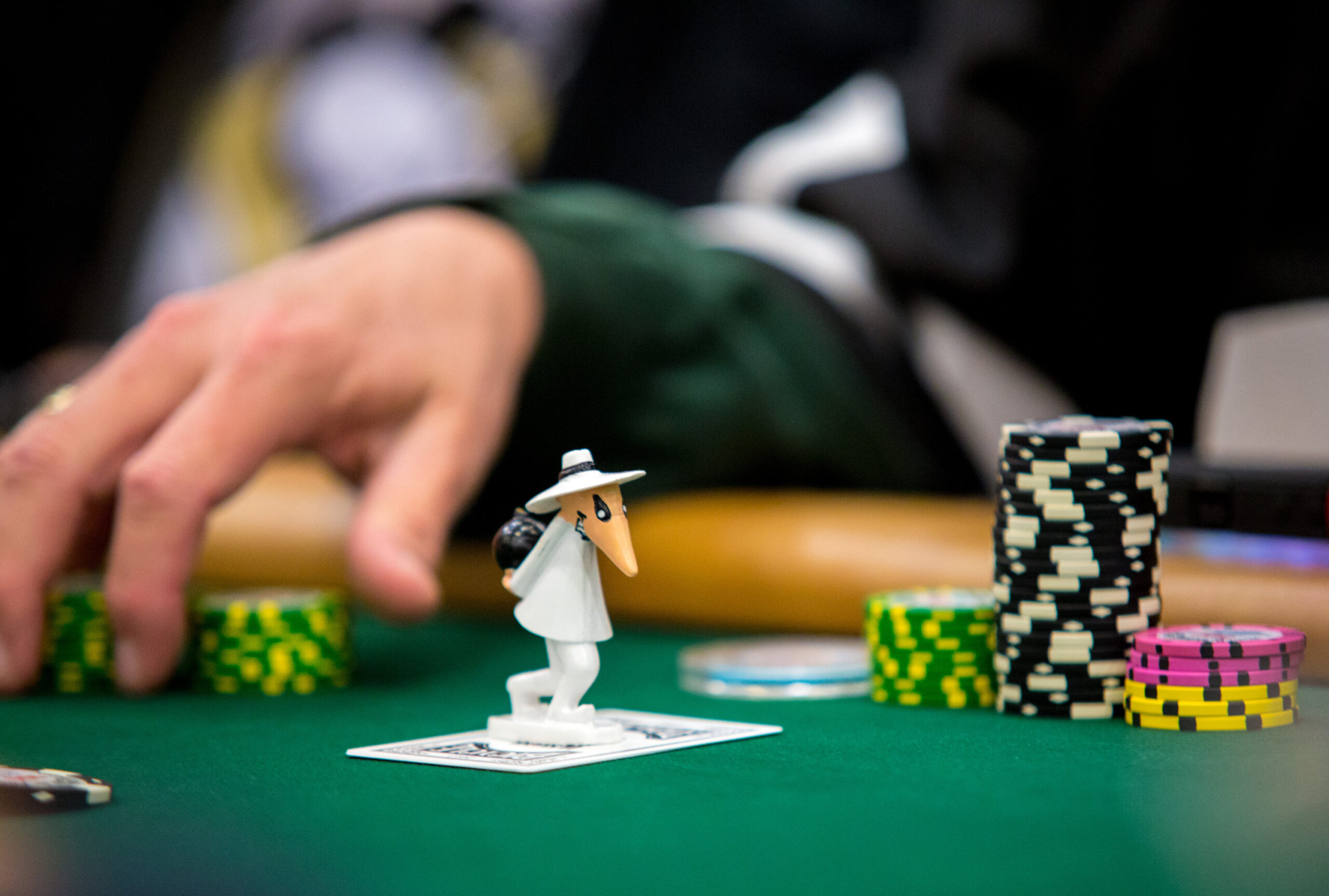 Tips And Tricks Dos And Donts At The Poker Table