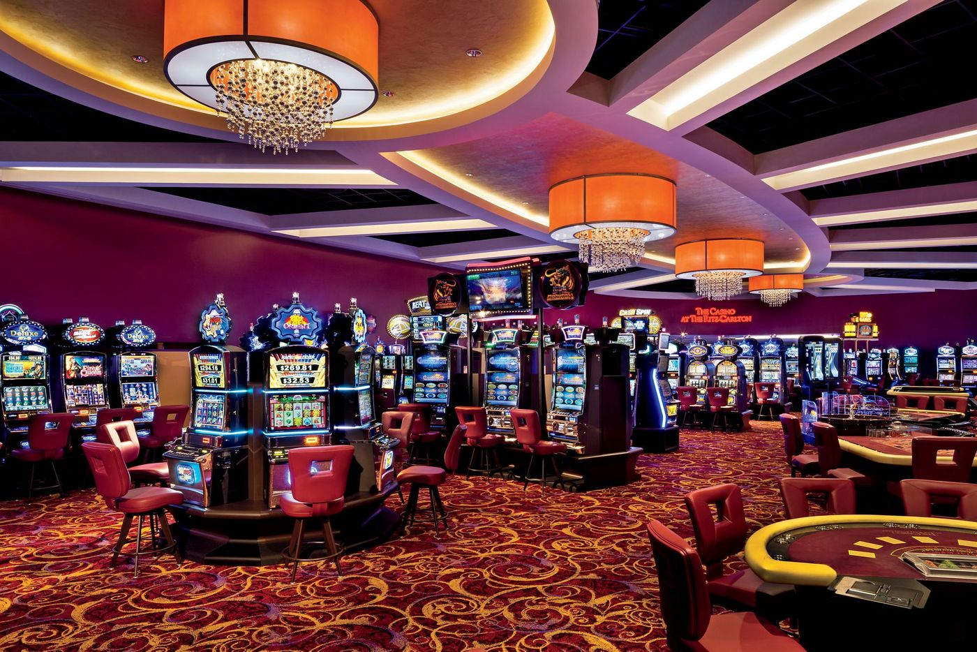 How To Take Pleasure In Gambling Sites Activities Via The Internet